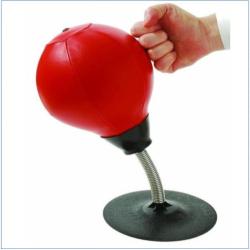 Stolní boxovací pytel proti stresu