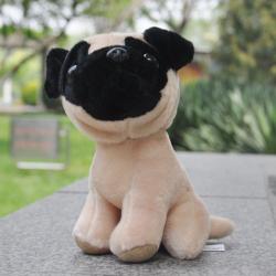 Plyšový pes pejsek PUG mopslík 20cm