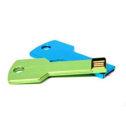 USB Flash disk / Fleška 8 GB ve tvaru klíče / Klíč