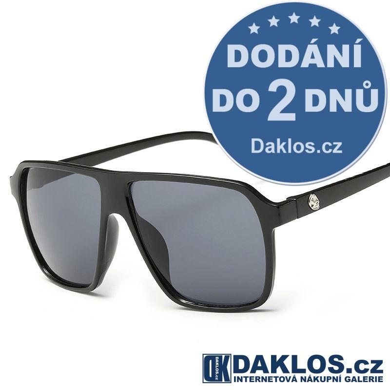 Černé RETRO sluneční brýle s černými skly