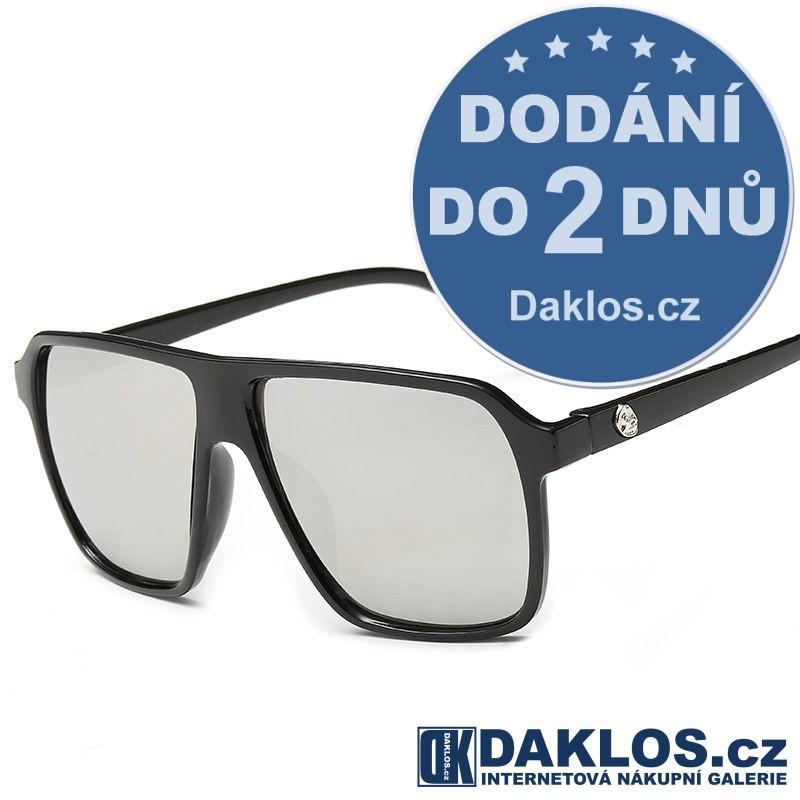 Černé RETRO sluneční brýle s šedými skly