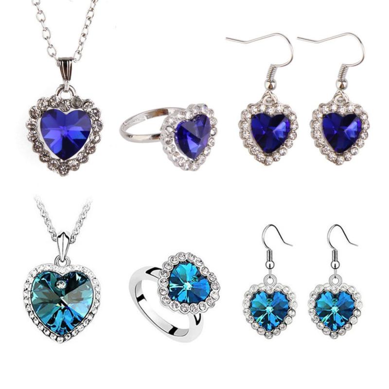 Set náhrdelníku, náušnic a prstenu na motivy filmu TITANIC s modrým krystalem ve tvaru srdce, Barva Tmavě modrá